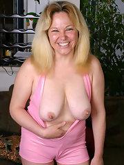 Chunky mature nudes