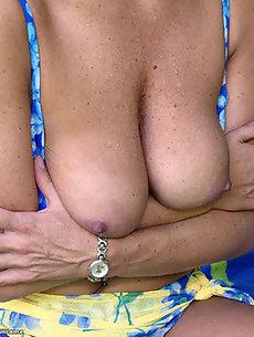 Bikini Galleries