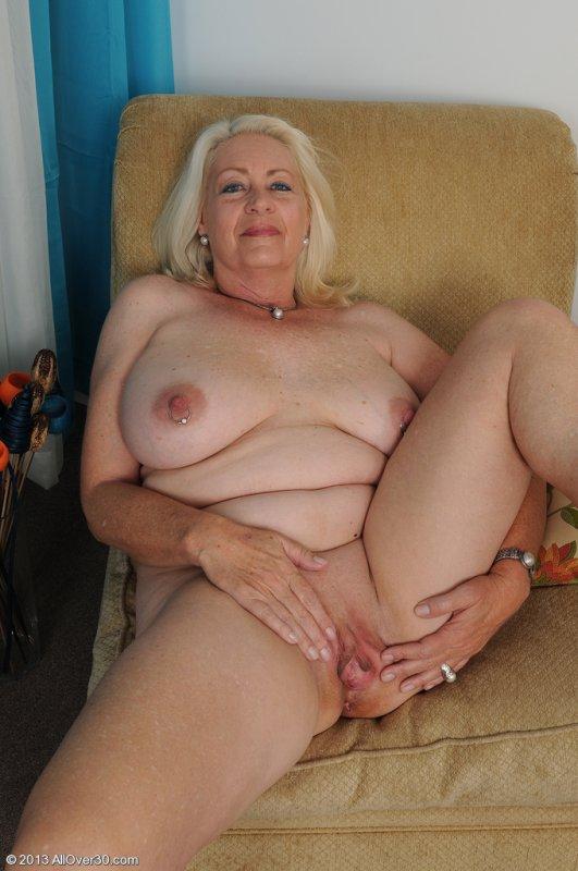 бесплатное фото голые бабы в годах